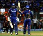 de Kock's 69 help Mumbai post 162/5 vs Hyderabad