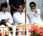 Uddhav-Raj pay tribute to Bal Thackeray