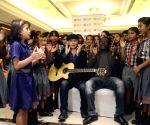 Mohit Chauhan, Metzo Djatah during a music programme