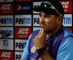 D/N matches not as exciting as day Tests: Domingo