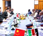 KENYA NAIROBI CHINESE DEFENSE MINISTER MEETING