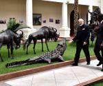 Nairobi (Kenya): Modi visits State House in Nairobi