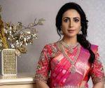 Nandini Rai reveals why co-star Vikas slapped her hard!