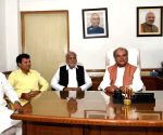 Narendra Singh Tomar takes charge as Agriculture and Farmers Welfare Minister