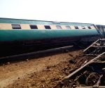 Four killed in Pakistan railway track blast