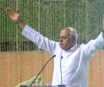 Farooq Abdullah at the prayer meeting for Vajpayee