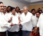 National Mazdoor Union leaders issue strike notice at APSRTC