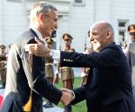 Afghan President, NATO chief discuss peace talks