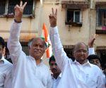 Sharad Pawar campaigns for Gurudas Kamat