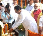 NCP leaders pay tribute to Bal Thackeray