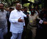 2012 Lok Sabha Polls - Sixth Phase - Sharad Pawar
