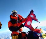 Nepali breaks own record by climbing Mt. Qomolangma 25 times