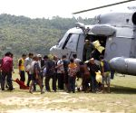 Nepal earthquake victims rescued