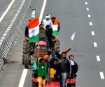 Tractor rally on R-Day: SC says cops to decide on entry of farmers in Delhi (Ld)