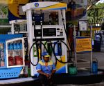Petrol prices rise for 5th consecutive day