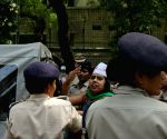 Aam Admi Sena demonstration  in front of Kejriwal's residence