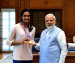 PM Modi meets champ Sindhu, calls her 'India's pride'