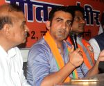 Gambhir slams Kejriwal over 'negative politics'