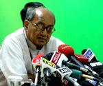 BJP files cases against Digvijay Singh for ISI remark
