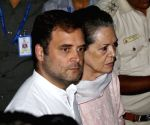 Congress, DMK stage walkout from LS over Gandhis SPG cover