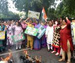 Congress activists demonstrate against Sushma Swaraj