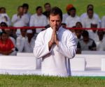 Modi, Rahul pays tribute to Nehru on 55th death anniversary