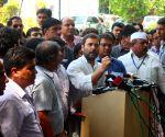 Rahul Gandhi meeting home-buyers