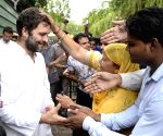 Rahul Gandhi meets sanitation workers