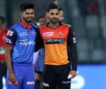 IPL: Hyderabad opt to bowl against Delhi