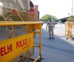 Delhi Police issue challan to Robert Vadra's vehicle