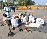Plea in SC: Farmers block