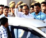 'Vanakkam', say supporters as Chidambaram produced in court
