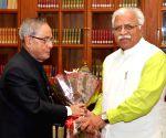 Haryana CM calls on President Mukherjee