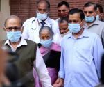 Kejriwal takes Covid vax along with parents