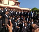 Lawyers' team to present SC verdict copy to Ram Lalla