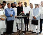 Congress split on Trump's Kashmir mediation claim