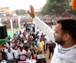 Tejashwi steps into Lalu's shoes to spearhead RJD poll campaign