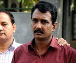 Fake IPS officer held in Delhi