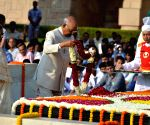 Gandhiji's ideals are our guiding light: Kovind, Modi