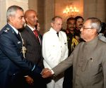 Members of 54th NDC Course & Faculty of National Defence College call on President Mukherjee
