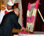 President Mukherjee pays tribute to Giani Zail Singh