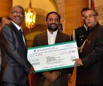 'First Visitor's Award - 2015' at Rashtrapati Bhavan