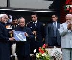 President Mukherjee, PM Modi at Navy Day reception