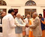 Kovind, Naidu, Modi extends greetings on Dussehra