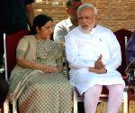 PM Modi and Sushma Swaraj at the ceremonial reception