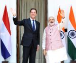 Modi meets Dutch PM