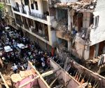 Delhi building collapse kills 3
