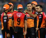 Hyderabad spinners restrict Delhi batsmen to 129/8