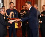 US Ambassador-designate presents his credential to President Mukherjee