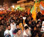 Delhi polls: AAP strong, but BJP gaining steadily